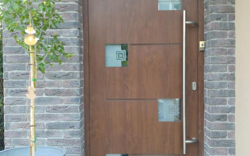 Plastové dveře panelové GFK