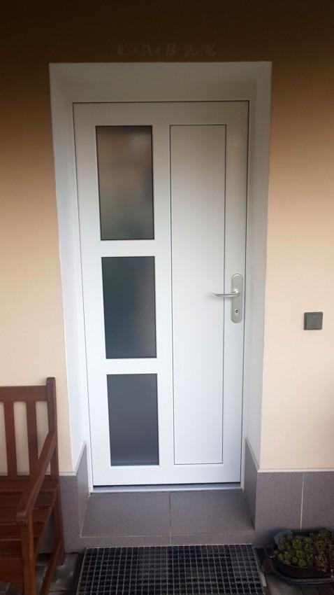 Plastové dveře - Zlín