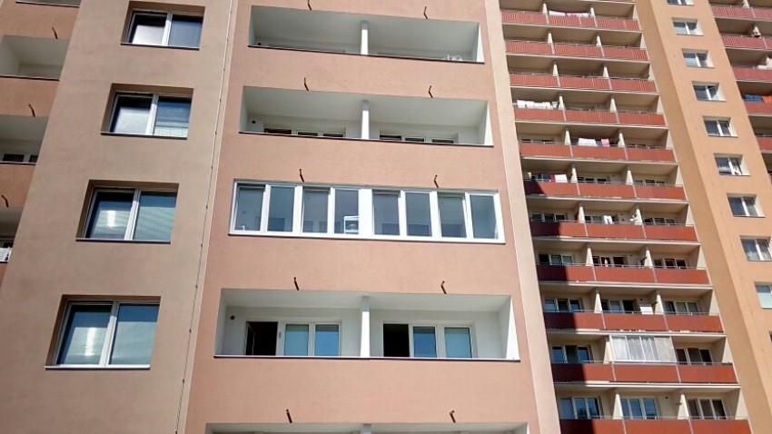 Zasklení balkónových lodžií - Přerov
