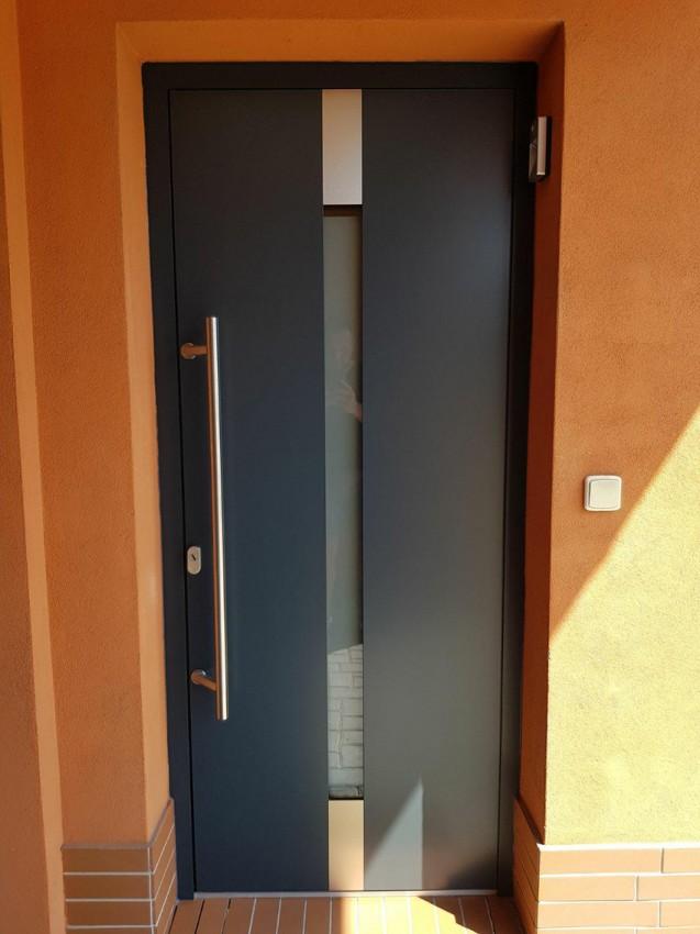 Panelové dveře AL, MB86